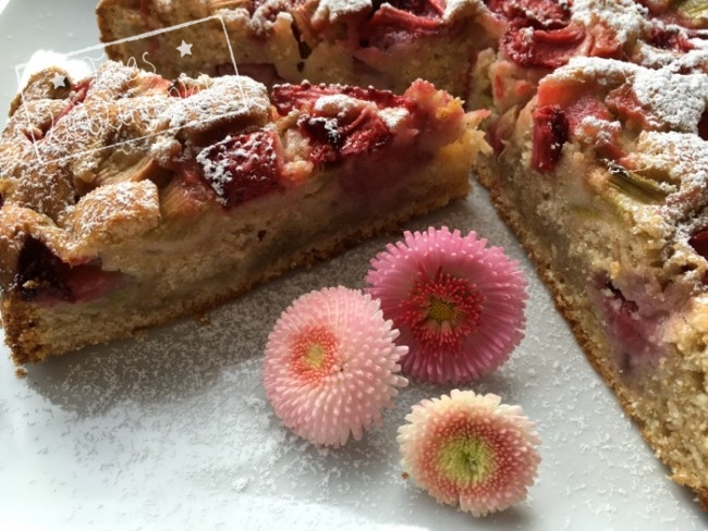 Kuchen_Erdbeer_Rhabarber