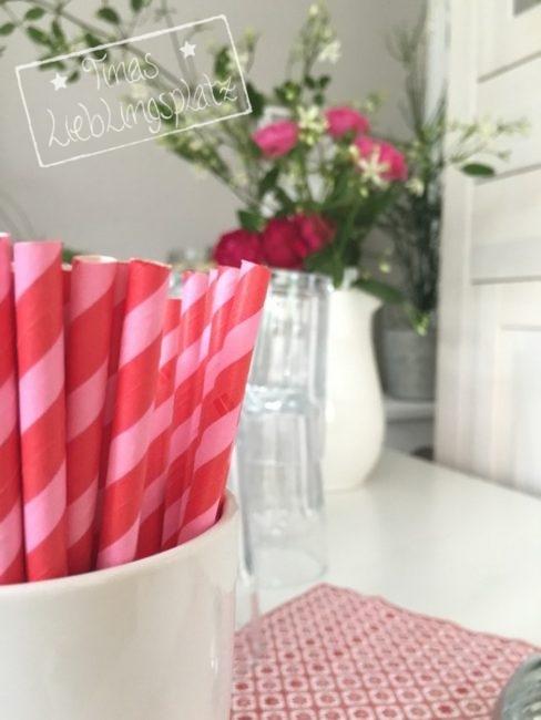 Erdbeer_Strohhalme