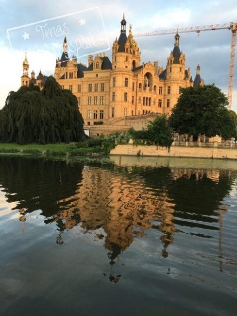 Schwerin_Schloss_Spiegelung